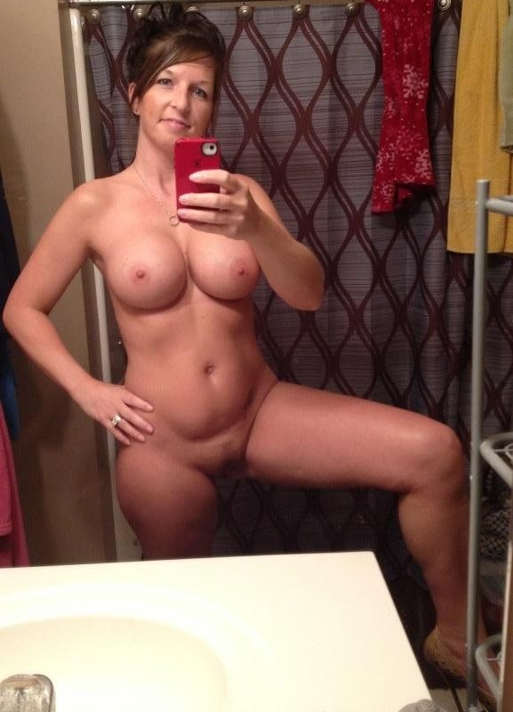 Middle aged nude cougars personal